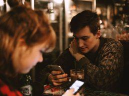 mobile addiction fomo